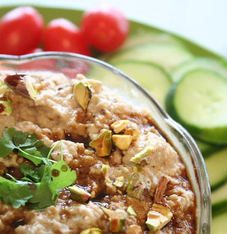 baba-ganoush-on-plate-vegetables-from-above.jpg