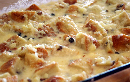 bread-pudding-in-the-pan.jpg