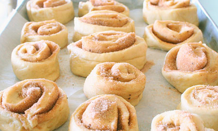 buns-ready-to-cook-on-cookie-sheet.jpg