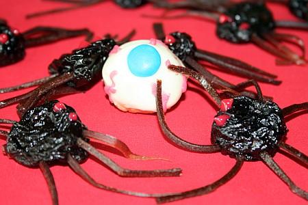 spiders_attack_eyeballs.jpg