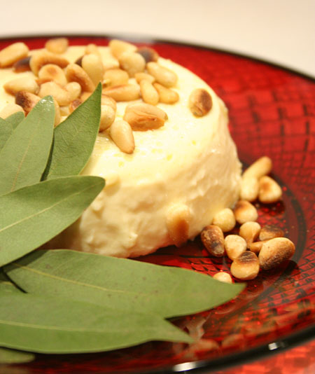 vanilla-custard-bay-leaves-on-dish.jpg