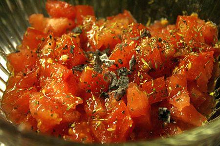 bruschetta_tomatoes_with_black_lava_salt.jpg