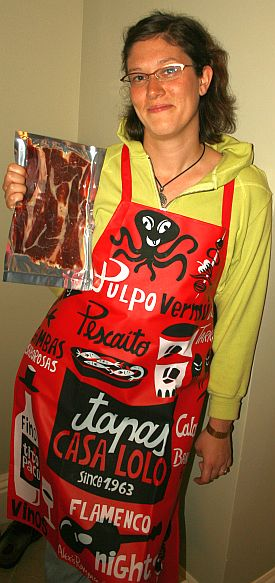 jenn_with_apron_and_iberian_acorn_ham.jpg