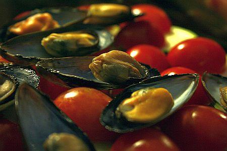 tiella_di_cozze_mussel_layer.jpg