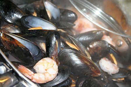 tiella_di_cozze_mussels_streaming.jpg