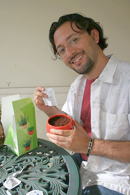 planting_herbs_roberto_with_seeds1.jpg