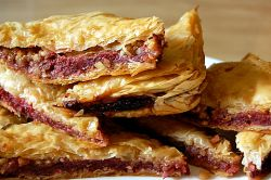 19_raspberry-filled-almond-baklava-with-honey-lime-syrup_cookinpanda.jpg