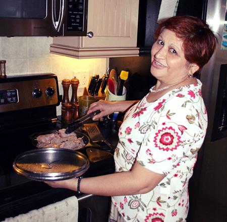 anna-involtini-at-the-stove-2.jpg