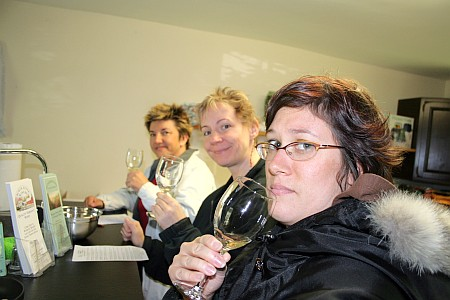 nicki_lisa_jenn_winery.jpg