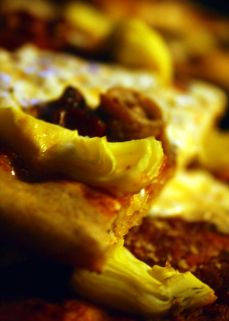 movie-pizza_slice-close-up.jpg