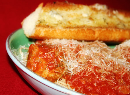spaghetti-and-meatballs_on-dish