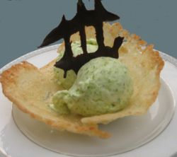 08_asparagus_ice_cream_in_almond_lemongrass_cookie_cups_by_healthydelicious