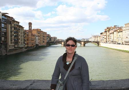 firenze_jenn-at-ponte-vecchio450