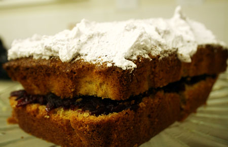 blueberry-jam-and-cake_layers-and-whip-cream