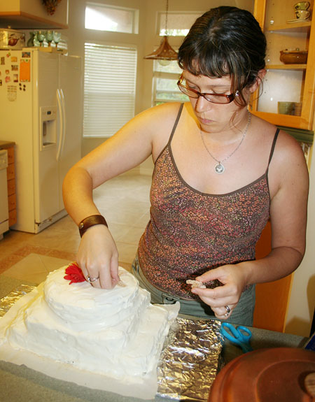 wedding-cake_jenn-decorating