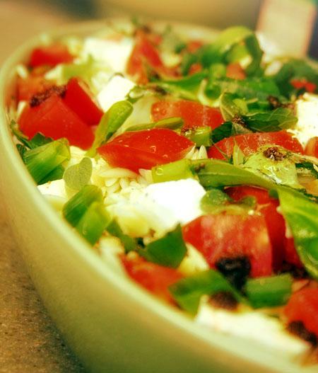orzo-salad_ready-to-serve-close-up