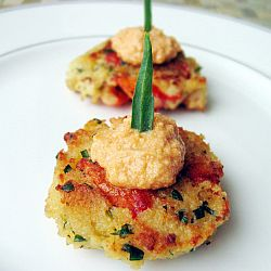 05_tarragon_lobster_cakes_with_spicy_papaya_queso_blanco_sauce_by_5starfoodie