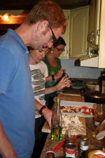 Gal_Liz_Jenn_making pizza 2